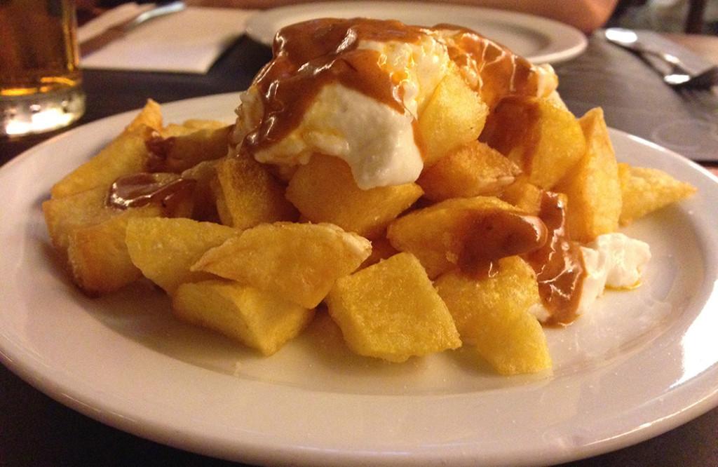 patatas-bravas-cafe-salambo
