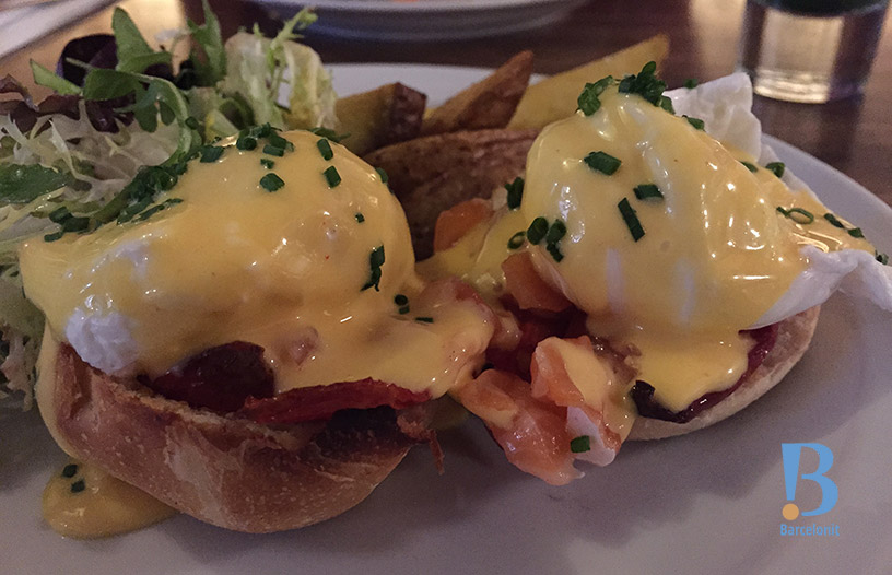 cafe godot eggs benedict
